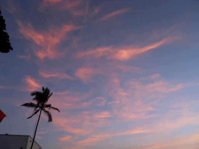 sam pink clouds pv U