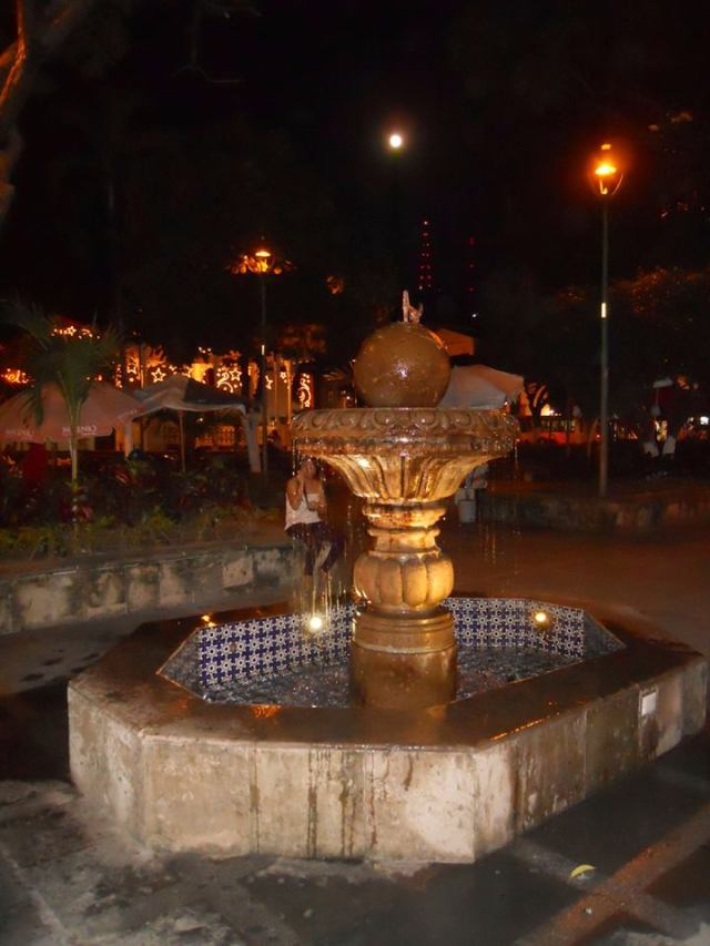 sam fountain in plaza u