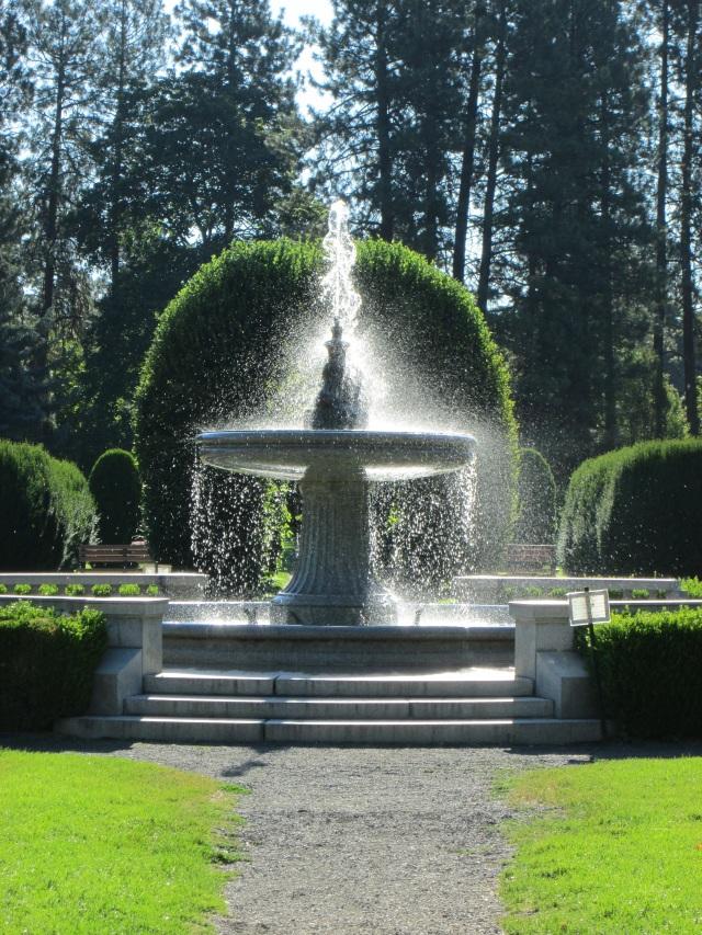 8-7-15 manito fountain u